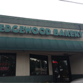 Shad Khan in fight over Edgewood Bakery, says it may soon close