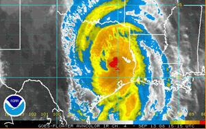Tropical Storm Ike moves towards eastern Texas