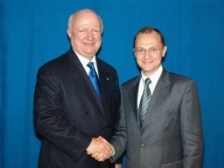 Secretary Bodman meets Russian Federal Atomic Energy Agency Director Kiriyenko