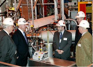 Secretary Bodman tours the Princeton Plasma Physics Lab