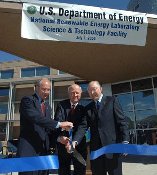 Secretary Bodman, Congressman Beauprez, and Senator Salazar at the openning of NREL's Science & Technology Facility