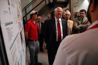 Secretary Bodman Tours North Carolina State University's Energy Research Facilities