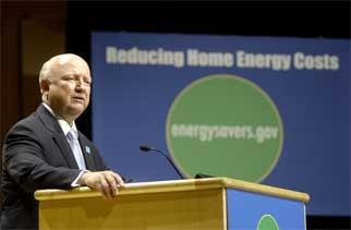 Secretary Bodman promotes energy efficiency