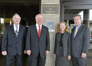 Secretary Bodman stands with DOE employees outside the Forrestal building in Washington, DC
