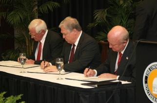 Secretary Bodman expands the US Strategic Petroleum Reserve