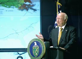 Secretary Bodman discussing DOE involvement in Katrina response