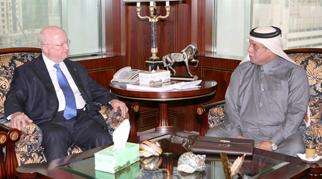 Secretary Bodman meets with Qatari Deputy Prime Minister and Energy Minister Abdullah Al-Attiyah
