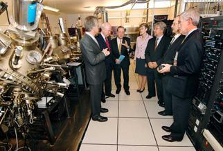 Secretary Bodman and others at the Center for Integrated Nanotechnologies