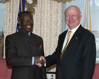 Secretary Bodman meets with Dr. Edmund Daukoro, Nigerian Minister of State for Petroleum Resources