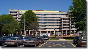 Image of the Neuroscience Center Building