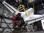 Endeavour lifted in Vehicle Assembly Building