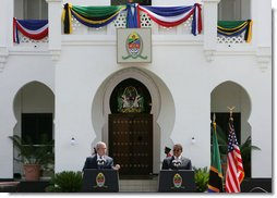 President George W. Bush and President Jakaya Kilwete of Tanzania particiapte in a joint press availability Sunday, Feb. 17, 2008, outside the State House in Dar es Salaam, Tanzania. White House photo by Chris Greenberg