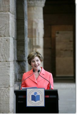 Mrs. Laura Bush opens the luncheon following the White House Symposium on Global Literacy: Building a Foundation for Freedom at the Metropolitan Museum of Art's Temple of Dendur in New York City. Mrs. Bush noted that in the morning session the group learned the outcomes of UNESCO's six regional literacy conferences from around the world. White House photo by Chris Greenberg