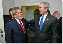 """President George W. Bush meets with President Luiz Inacio Lula da Silva of Brazil Monday, Sept. 24, 2007, in New York. """"We talked about alternative fuels. Brazil, under President Lula's leadership, is a leading producer of ethanol,"""" said President Bush about their meeting. White House photo by Eric Draper"""