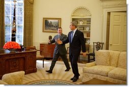 President George W. Bush and His Majesty King Abdullah of Jordan meet in the Oval Office Tuesday, March 15, 2004.  White House photo by Paul Morse