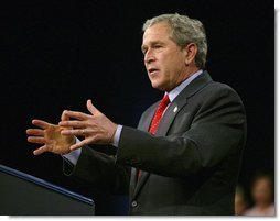 President George W. Bush delivers remarks on the economy at Fox Cities Performing Arts Center in Appleton, Wis., Tuesday, March 30, 2004.  White House photo by Eric Draper