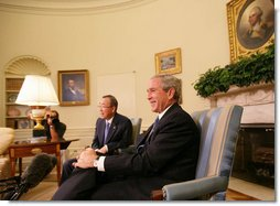 President George W. Bush and United Nations Secretary General Ban Ki-moon address members of the media in the Oval Office Tuesday, July 17, 2007, offering a short summary of their discussions on the issues of Darfur, plans for an upcoming Middle East conference, and UN plans in Afghanistan and Iraq. White House photo by Eric Draper