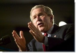 President George W. Bush delivers remarks on the war on terror at the Roswell Convention Center in Roswell, N.M., Thursday, Jan. 22, 2004.  White House photo by Eric Draper