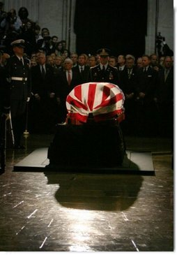 The casket containing the body of former President Ronald Reagan lies in state in the U.S. Capitol Rotunda Wednesday, June 9, 2004.  White House photo by David Bohrer
