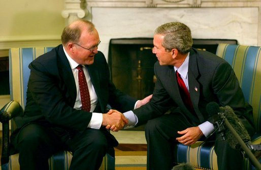 President George W. Bush meets with Swedish Prime Minister Goran Persson in the Oval Office Wednesday, April 28, 2004. White House photo by Paul Morse.