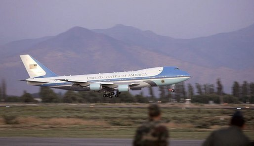 Air Force One comes in for a landing as President George W. Bush and Laura Bush arrive for an APEC summit in Santiago, Chile, Nov. 19, 2004. White House photo by Paul Morse