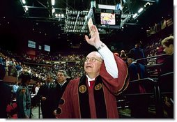 After delivering remarks, Vice President Dick Cheney waves goodbye to those in attendance at the Florida State University Commencement Ceremony in Tallahassee, Fla., Saturday, May 1, 2004.  White House photo by David Bohrer