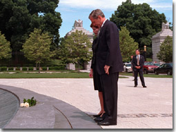 The President and Laura Bush pause before the laying of the wreath at Arlington National Cemetery on Memorial Day, Monday, May 28. WHITE HOUSE PHOTO BY SUSAN STERNER