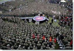 President George W. Bush delivers remarks to nearly 7,000 military personnel and families at Marine Corps Base Camp Pendleton, Calif., Tuesday, Dec. 7, 2004. White House photo by Eric Draper