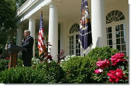 """President George W. Bush addresses the press in the Rose Garden after meeting with his Cabinet Thursday, Aug. 2, 2007. """"One of the things we discussed was the terrible situation there in Minneapolis,"""" said President Bush. """"We talked about the fact that the bridge collapsed, and that we in the federal government must respond and respond robustly to help the people there not only recover, but to make sure that lifeline of activity, that bridge, gets rebuilt as quickly as possible.""""  White House photo by Chris Greenberg"""
