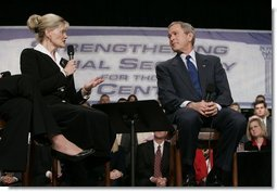 President George W. Bush participates in a discussion on strengthening Social Security at Montgomery County Community College in Blue Bell, Pa., Feb. 10, 2005.  White House photo by Eric Draper