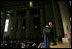 """El Presidente George W. Bush hace declaraciones el jueves, 16 de junio de 2005 durante el Desayuno Nacional Hispano de Oración en el Andrew Mellon Auditorium en Washington, D.C. """"En Estados Unidos, las personas de fe no tienen el monopolio de la compasión, pero las personas de fe necesitan compasión para cumplir con el llamado de 'Amar al prójimo como a sí mismo'. Ese es un llamado universal"""", dijo el Presidente."""