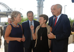 Rep. Jane Harman, (D-Venice), airport commission President Alan Rothenberg, and airport Executive Director Gina Marie Lindsey meeting with Secretary Michael Chertoff