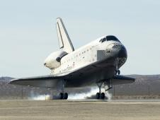 The Space Shuttle Endeavour touches down at Edwards AFB on Nov. 30, 2008 to conclude International Space Station assembly and supply mission STS-126.
