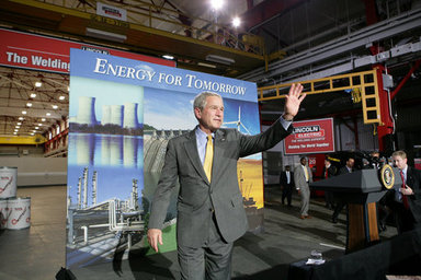 President George W. Bush acknowledges the applause of workers and guests at the conclusion of his address on energy and economic issues Tuesday, July 29, 2008 at the Lincoln Electric Company in Euclid, Ohio. White House photo by Chris Greenberg