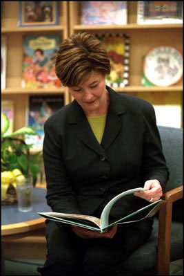 Photo of Mrs. Bush reading