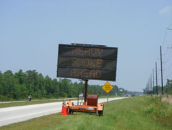 """Electric portable blinking sign """"HEAVY SMOKE AHEAD"""""""