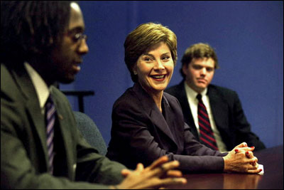 Laura Bush participates in a Teach for America Roundtable discussion at Greenville High School in Greenville, Miss., Sept. 25, 2002. White House photo by Susan Sterner.