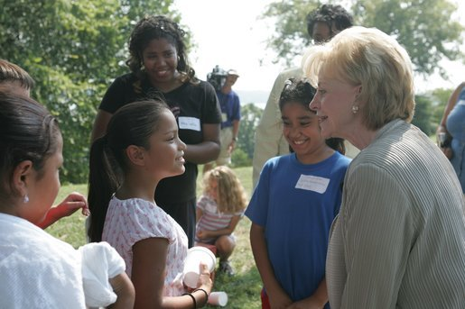 Lynne Cheney speaks with children at George Washington's Mount Vernon Estate, Friday, Sept. 16, 2005 in Mount Vernon, Va., during the Constitution Day 2005: Telling America's Story event. White House photo by Shealah Craighead