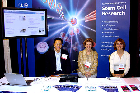 NIH Stem Cell Group at booth, 2005 ISSCR Annual Meeting