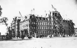 Photo of the War Department's North Wing, July 4, 1890. Library of Congress)