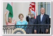 Link to Welcoming the Prime Minister of India 2005 Photo Essays