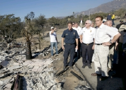 Governor tours disaster scene