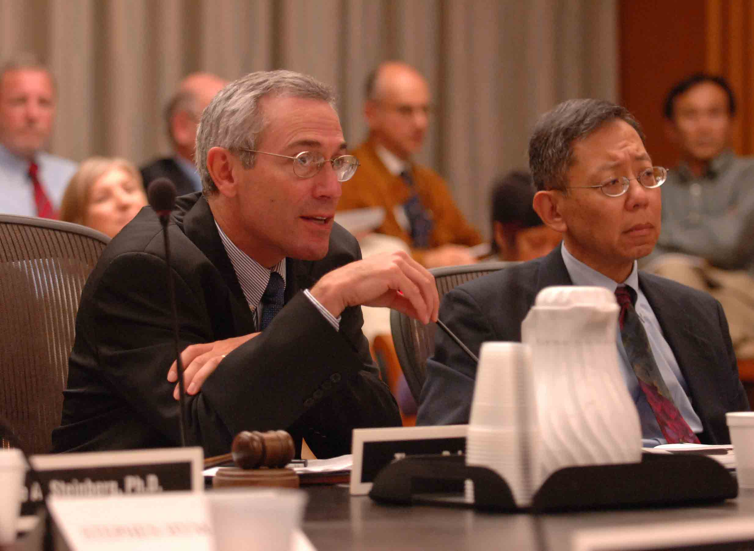 Photo of Doctors Thomas Insel, NIMH Director, and Richard Nakamura, NIMH Deputy Director