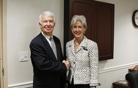 Secretary Sebelius meets with Charlie Johnson and thanks him for his leadership as Acting HHS Secretary. (Photo by Max Harper and Adam Parr)