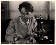 [Barbara McClintock in lab]. 26 March 1947.