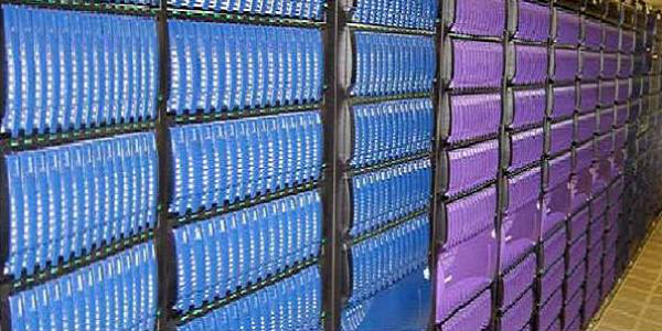 The storage system of the Columbia supercomputer, built by SGI for NASA, holds 440 terabytes of data. (Photo credit: Stephen Shankland)