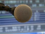 microphone-394284_1280